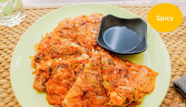 Kimchi pancake (김치전)