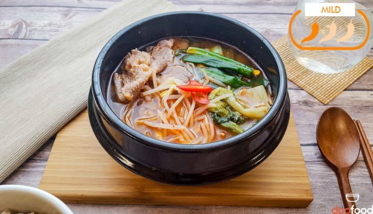 Beef hangover soup (차돌박이해장국)