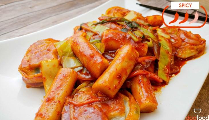 Spicy rice cake (길거리떡볶이)
