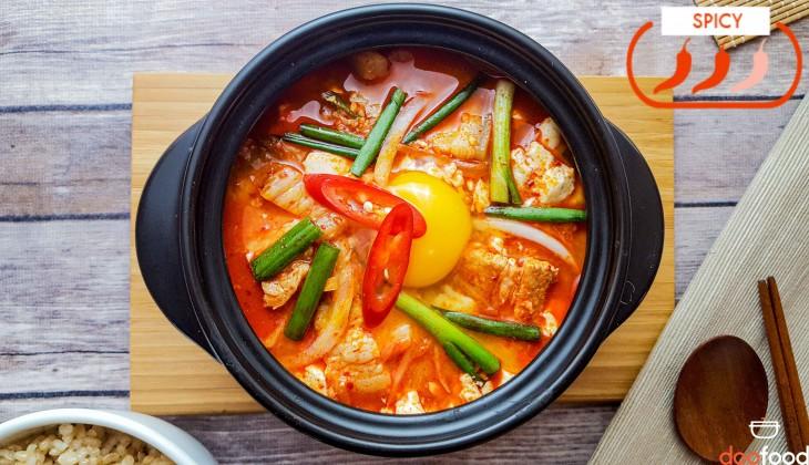 Soft tofu stew (순두부찌개)