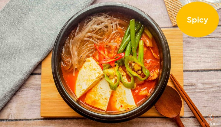 Kimchi stew with pork belly (삼겹살김치찌게)